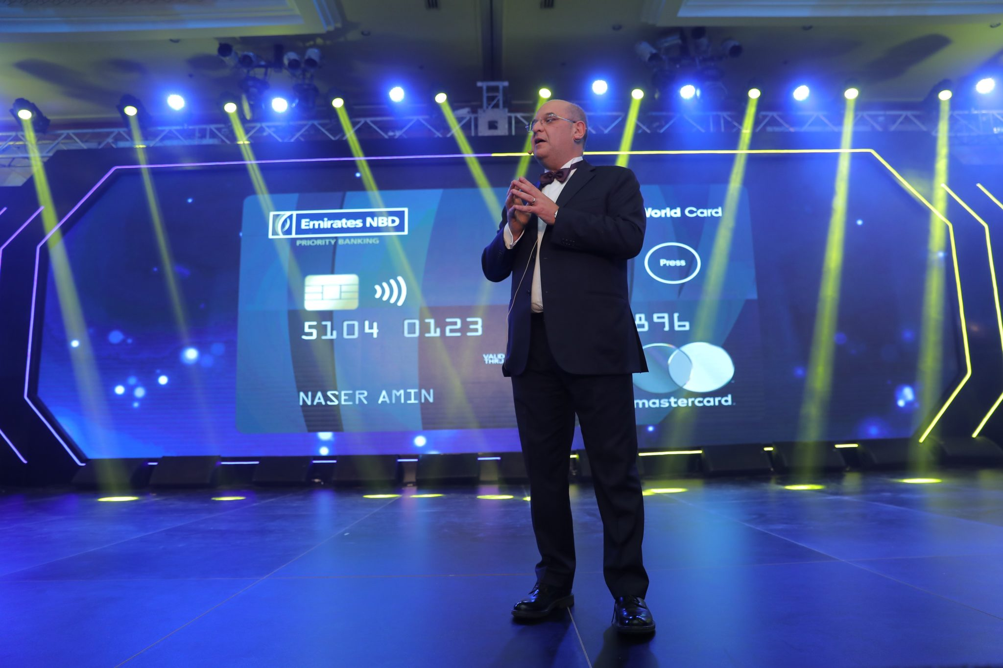 "Photo of الإمارات دبي الوطني – مصر يطرح ""Mastercard World Switch Card"" لكبار العملاء"