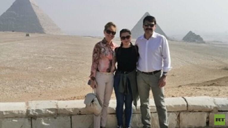 Photo of الرئيس الهنغاري يزور  الأهرامات في مصر  برفقة أسرته