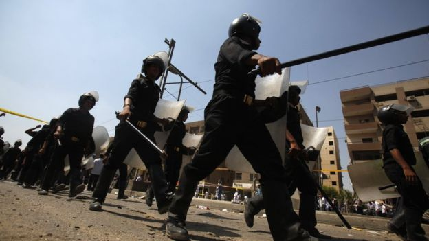 Photo of بومبيو يدعو السلطات المصرية إلى احترام حرية الصحافة