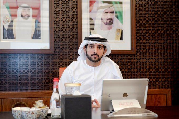 Photo of ولي عهد دبي يُطلق برنامجًا لدعم خبراء المستقبل