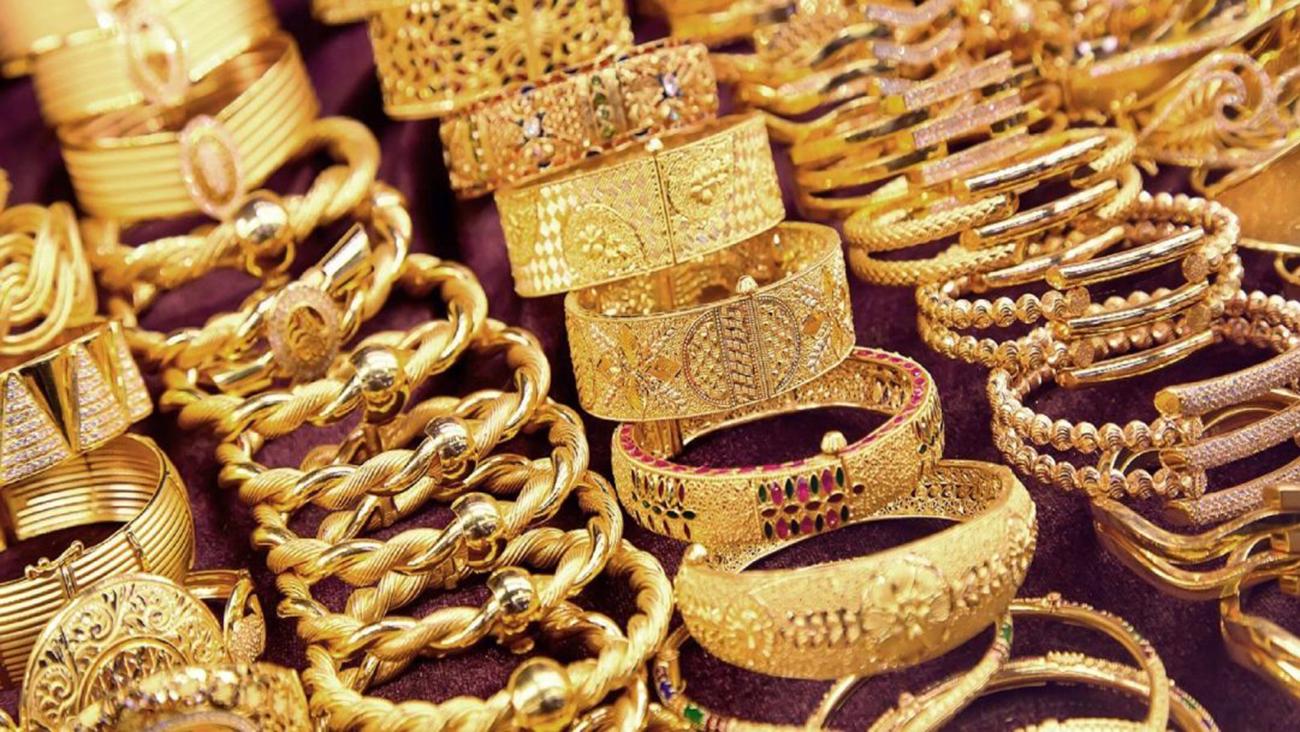 Photo of الذهب يسجل أكبر هبوط شهري منذ يونيو 2018