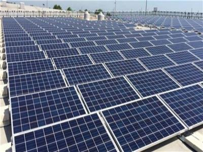 Photo of مصر تفتتح أكبر مجمع عالمي للطاقة الشمسية