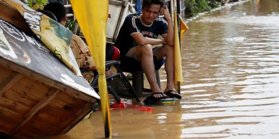 Photo of إندونيسيا تضرب السحاب بزخات الملح لإسقاط المطر قبل وصوله سماء جاكرتا